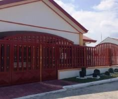 3 Bedrooms House and lot inside a gated Subdivision in Friendship for rent - 1