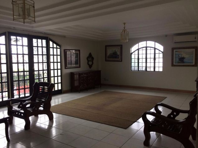 Two Storey House for rent with 5 bedrooms in Balibago - 2