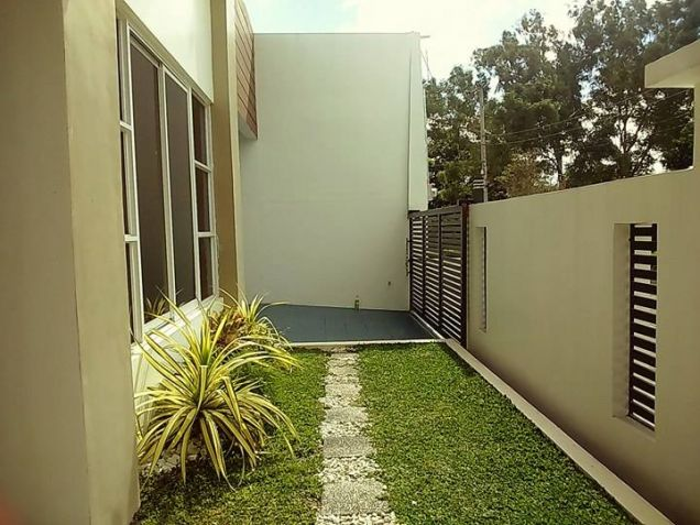 Semi furnished with 3BR house for rent in Telabastagan San Fernando Pampanga - 60K - 8