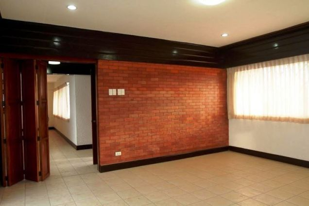 House for Rent in Lahug, Cebu City 3 Bedrooms - 5