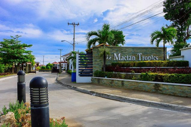 4 Bedroom House for Rent in Mactan Tropics Subdivision - 4
