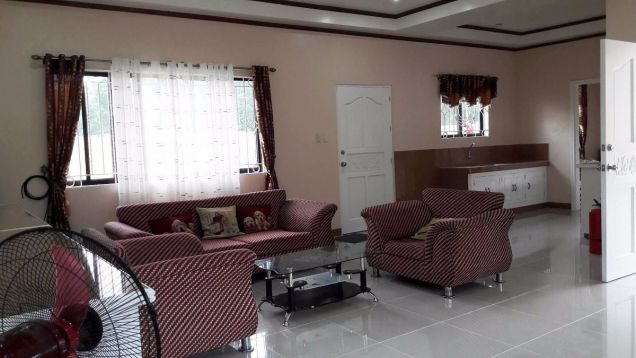 333 Lot Area House And Lot For RENT In Friendship Angeles City Near Clark - 1