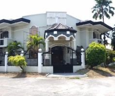 5 BR House inside a gated Subdivision in Balibago for rent - 90K - 0