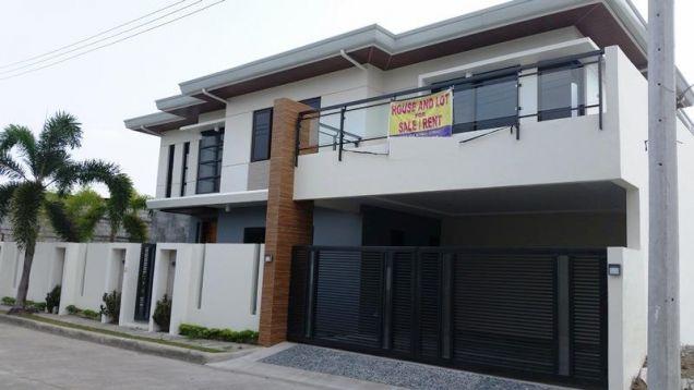Two Storey House for rent with 4 bedrooms and pool in Hensonville - 3