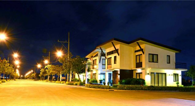 Residential Lot in Sta. Rosa Laguna, 180 sqr. -With Discounts, Free Site Viewing - 0