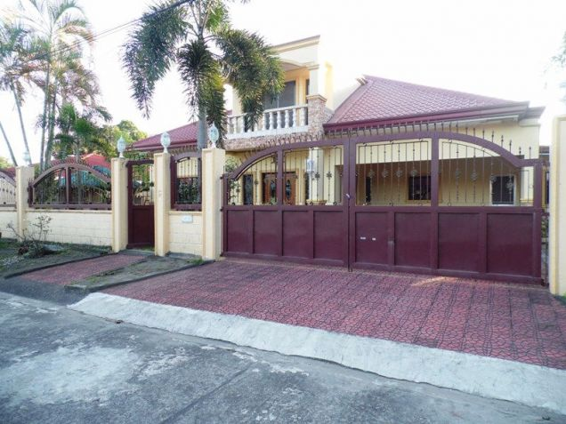 House & Lot ot with yard For Rent inside a gated Subdivision in Friendship - 75K - 6