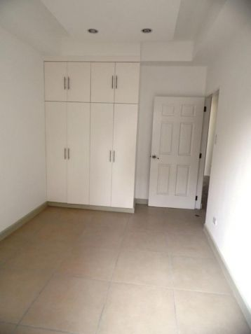 Unfurnished 4 Bedroom For Rent in Angeles City - 2