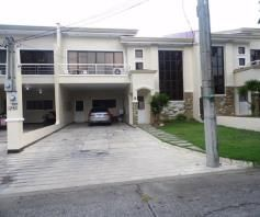 Town House with 4 Bedrooms inside a Secured Subdivision for rent - P35K - 0