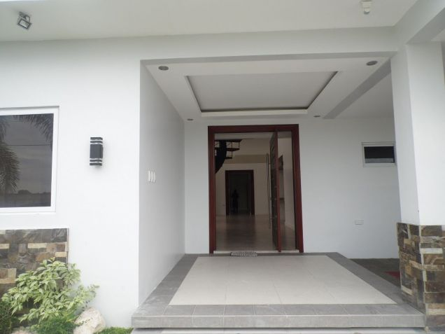 House and Lot for rent with 4Br in Angeles City- 100M - 9
