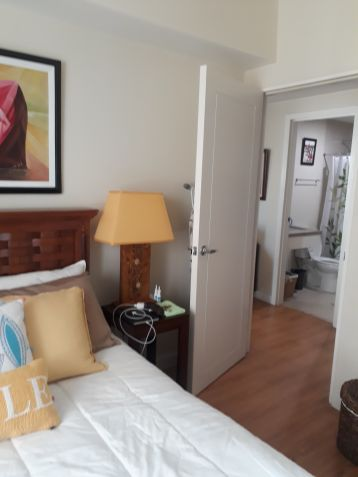 The Grove 1 Bedroom Fully Furnished Unit For Sale - 8