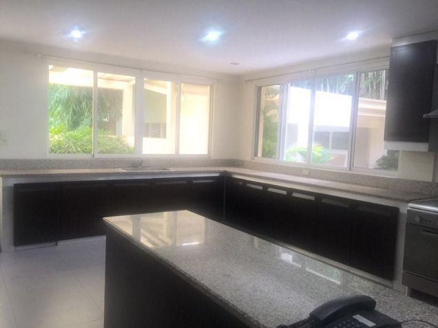 4 Bedroom Modern House for Rent/Lease in Forbes Park Makati, REMAX Central - 7
