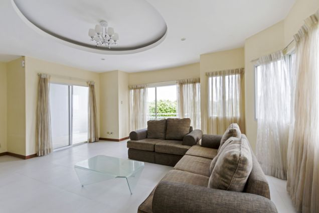 3 Bedroom House for Rent in Banilad - 0
