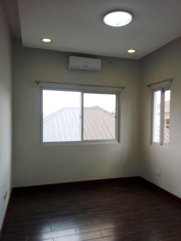 4 Bedroom House with Swimming pool for rent in Hensonville - 70K - 3