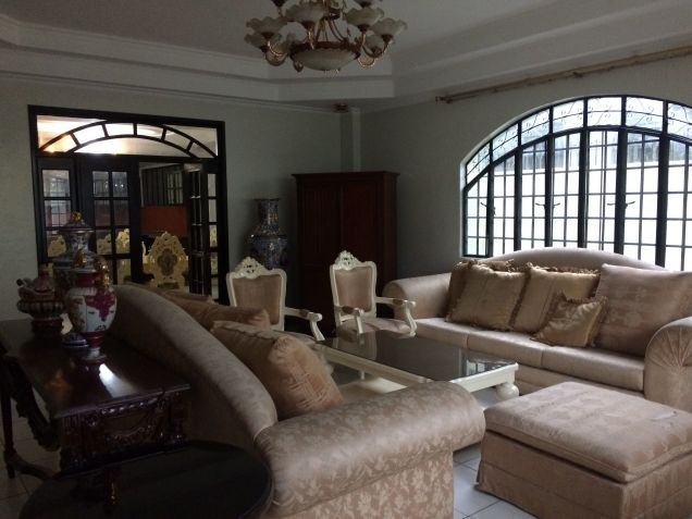 5 Bedroom Semi Furnished House and Lot for Rent in Angeles City - 8
