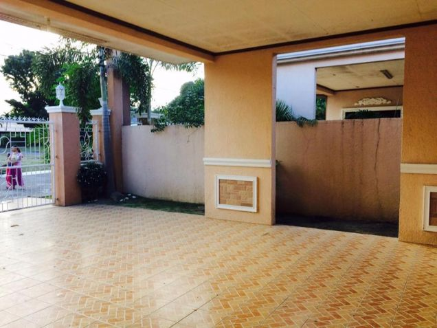 3 Bedroom Furnished Bungalow House and lot for Rent in a High End Subdivision - 2
