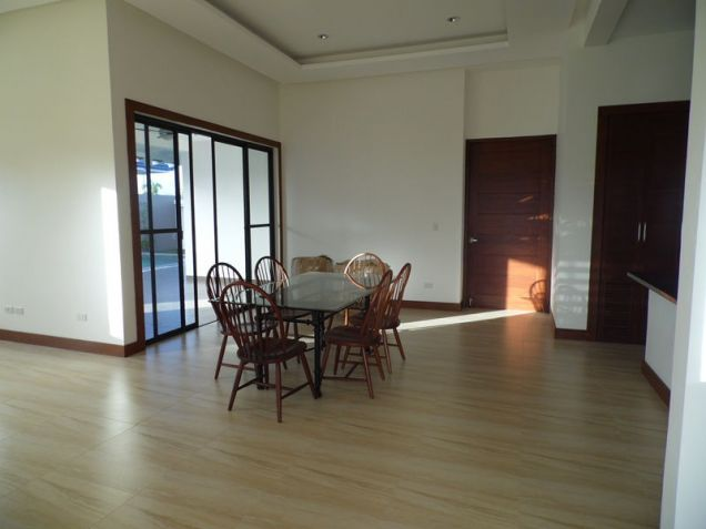 Spacious Bungalow House with Swimming pool for rent - 90K - 6