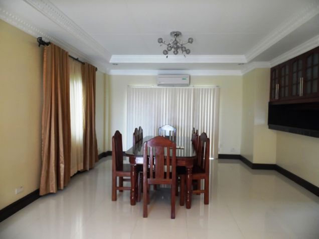 Modern House with 4 Bedroom for Rent in Hensonville Angeles City - 3