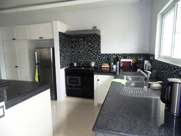 Four Bedroom House & Lot In Hensonville Angeles City Near To Clark Free Port Zone - 2