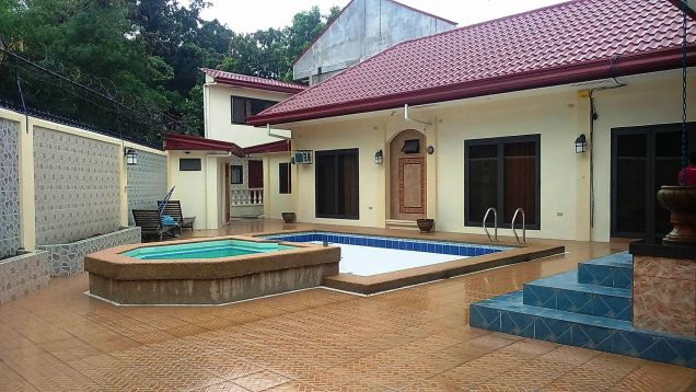 w/pool 1-Storey 4 Bedroom Furnished House & Lot for RENT in friendship Angeles City near to Clark... - 0