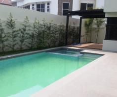 4 Bedroom House with swimming pool for rent - 130K - 4