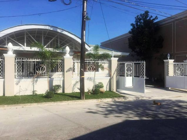5 Bedroom Furnished House & Lot For Rent Or Sale In Friendship Angeles City Very Near To Clark - 2