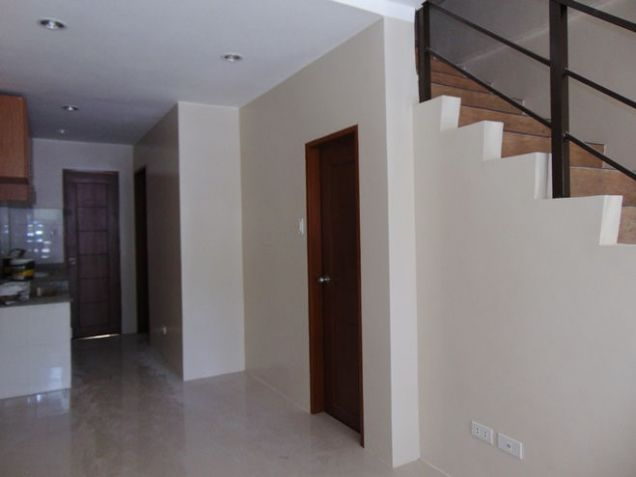 Townhouse or Apartment for Rent in Lahug, Cebu City 3 Bedroom - 2
