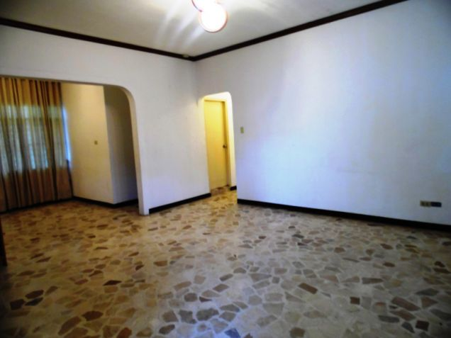 Bungalow House and Lot for Rent in Balibago Angeles City - 3