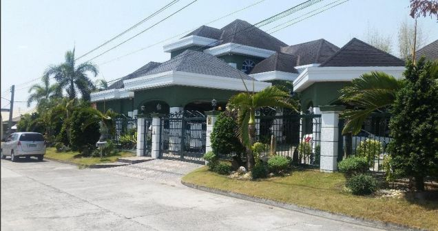 Fully Furnished Huge House with 6 Bedrooms for rent in Friendship -150k - 3