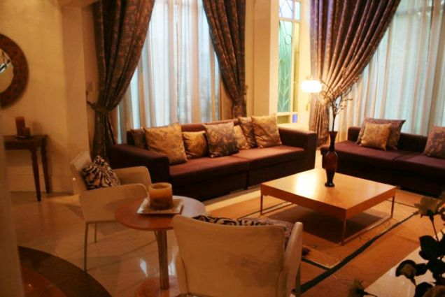 Fully Furnished ! Elegant House with pool For Rent - P150K - 5