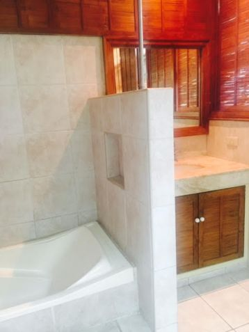 4 Bedroom House for Rent/Lease in Urdaneta Village, Makati City, REMAX Central - 3