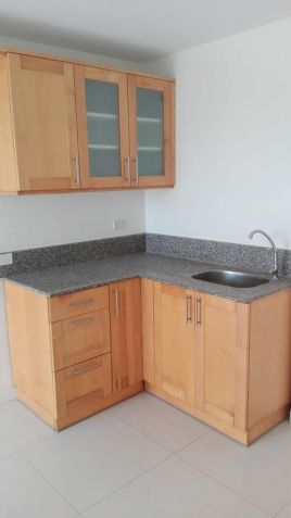 3 bedroom unit for sale in Linmarr Towers - 3