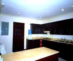 For Rent House In Clark Pampanga With 3 Bedrooms - 2