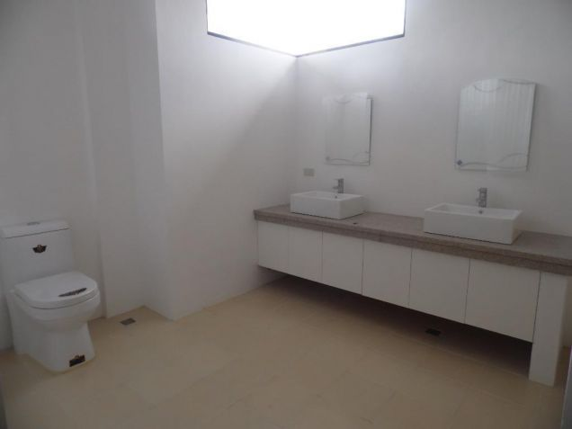 4Bedroom House & Lot For Rent In Hensonville Angeles City... - 5
