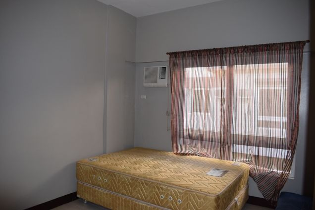 3 BEDROOMS FURNISHED TOWNHOUSE 15 MIN WALKED TO AYALA CENTER - 7