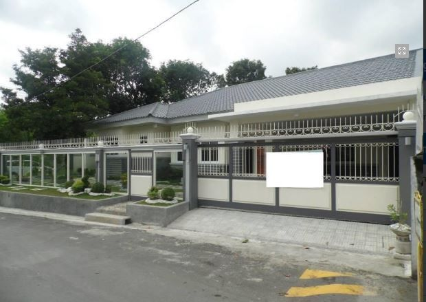 Bungalow House with Spacious yard for rent - 45K - 0