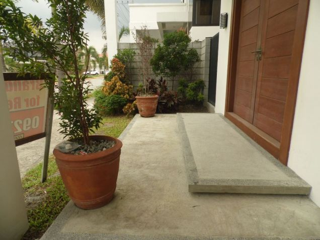 Fully Furnished House and lot with 4 Bedrooms for rent - P70K - 3