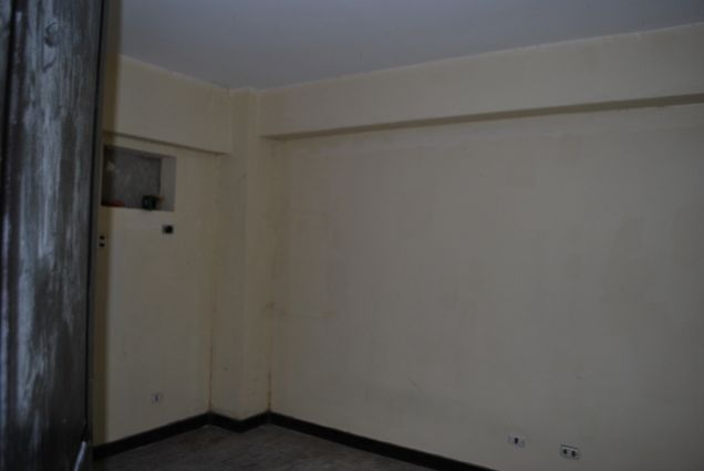 2br For Sale Cypress Towers near Market Market - 6