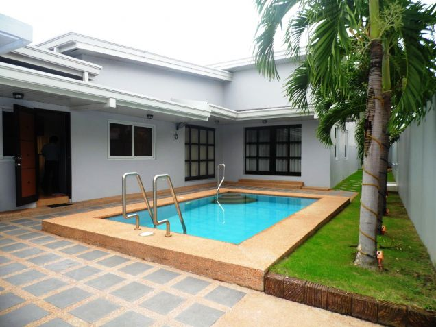 Furnished House & Lot With Pool For RENT In Hensonville Angeles City... - 0