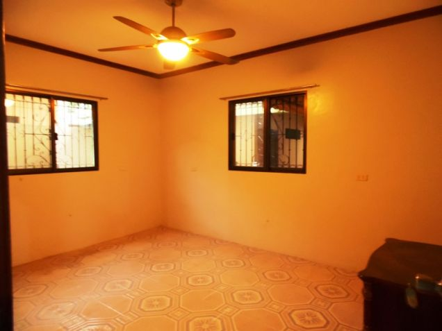 6 Bedroom W/ Pool Semi-Furnished House & Lot For RENT In Angeles City Near To Clark Free Port Zone - 9