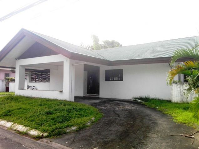 550sqm Bungalow House & lot for rent in Frienship,Angeles City - 5