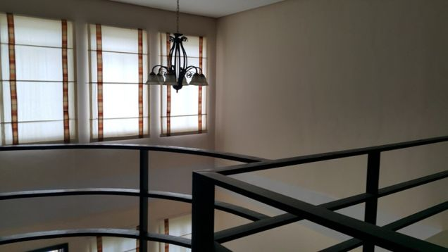 Townhouse for Rent in Friendship Balibago Angeles City - 1