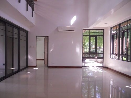 House and Lot, 4 Bedrooms for Rent in San Lorenzo Vilage, Makati, Metro Manila, - 2