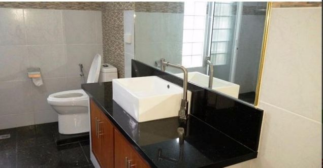 Modern House with 4 bedrooms for rent - 2