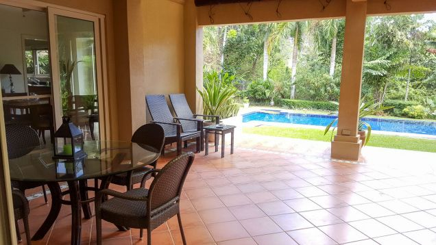 Beautiful 4 Bedroom House with Swimming Pool for Rent in Maria Luisa Estate Park - 3