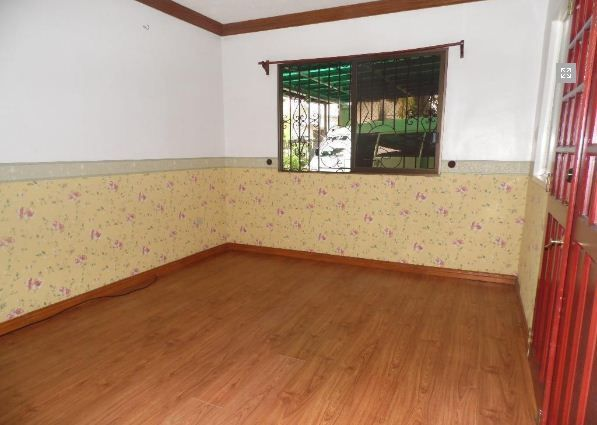 4 Bedroom Bungalow House FOR RENT - 35K - 7