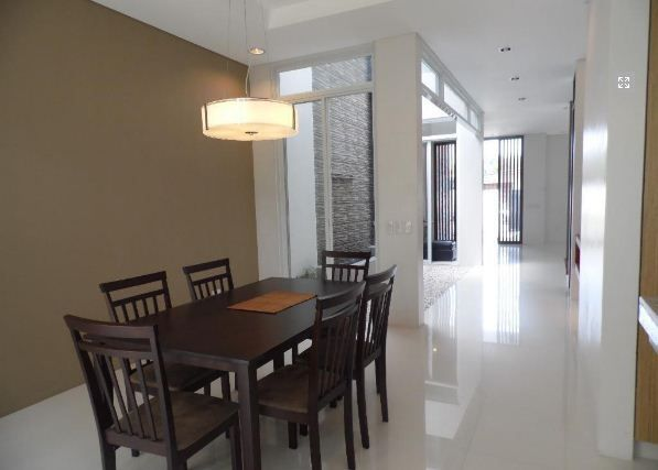 Modern House and lot for rent in Friendship @ 45k - 8