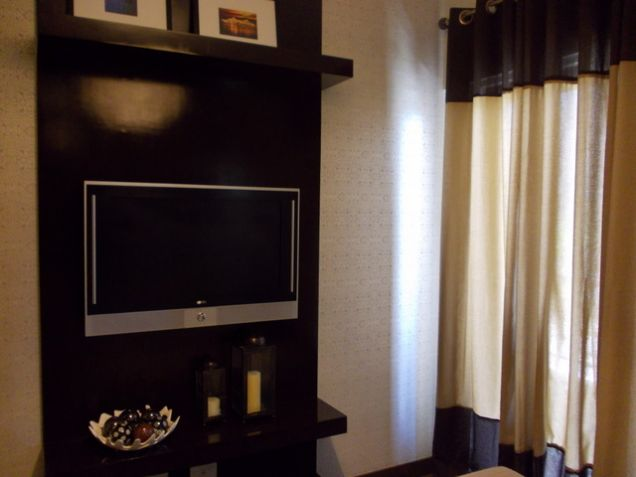 1BR near Cloverleaf and future skyway stage 3 Quezon City - 2