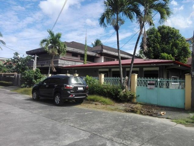 3BR Bungalow house and Lot for Rent in Angeles City - P30K - 0