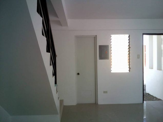 Cebu Minglanilla Duplex House For Rent - 7