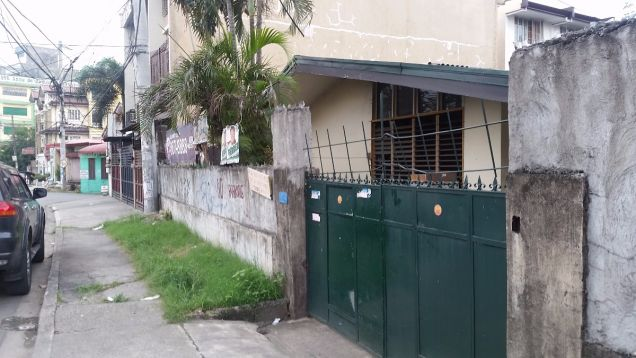440 sqm commercial residential lot in Project 6 Quezon City - 3